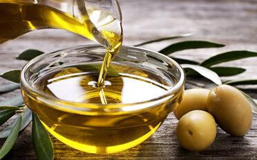Bild mit Olivenöl